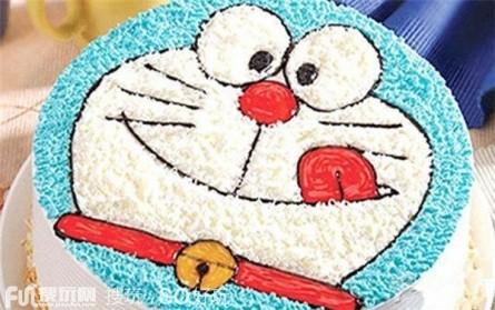 【解放西路】资溪面包(青云小镇店):巧克力水果马卡龙蛋糕1个,约8份,圆。